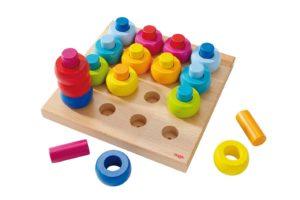 Rainbow Whirls Pegging Game